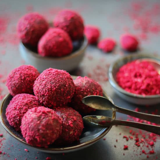 Red Love Bites Bliss Balls genussfreudig