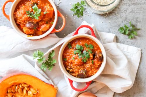Quinoa Eintopf mit Kürbis und Käferbohnen